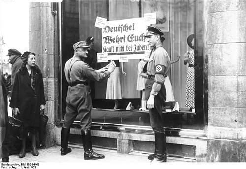 Click image for larger version.  Name:NS-Boykott gegen j�dische Gesch�fte.jpg Views:178 Size:203.7 KB ID:218924