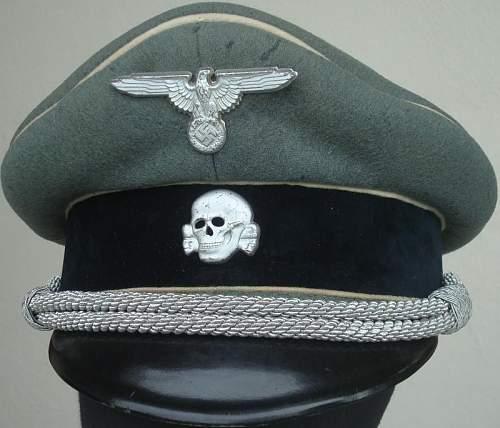 "SS ""Erel"" officer visor with fake insignia..."