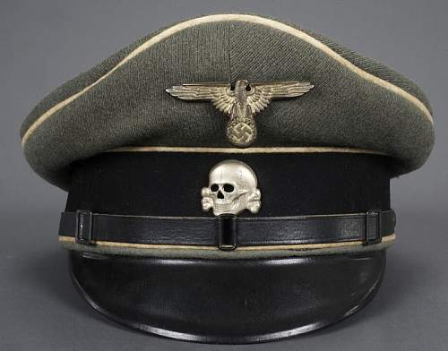 "SS ""Erel"" officer visor with fake insignia..."