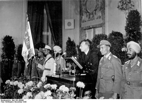 Click image for larger version.  Name:National celebration of the Free India Center in Berlin1.jpg Views:173 Size:72.7 KB ID:257743
