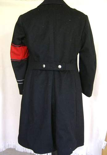 Click image for larger version.  Name:cappotto_back.jpg Views:1641 Size:25.5 KB ID:2624