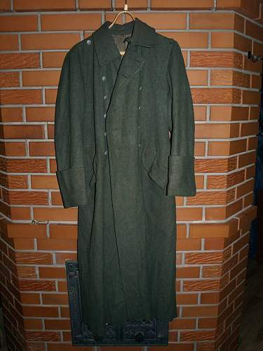 Click image for larger version.  Name:coat 001.JPG Views:110 Size:68.7 KB ID:265286