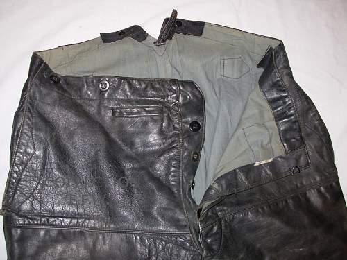 Click image for larger version.  Name:Pantalon cuir (4).JPG Views:121 Size:202.4 KB ID:284213
