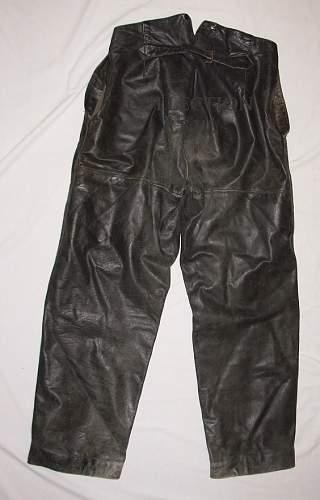 Click image for larger version.  Name:Pantalon cuir (2).JPG Views:213 Size:157.5 KB ID:284216
