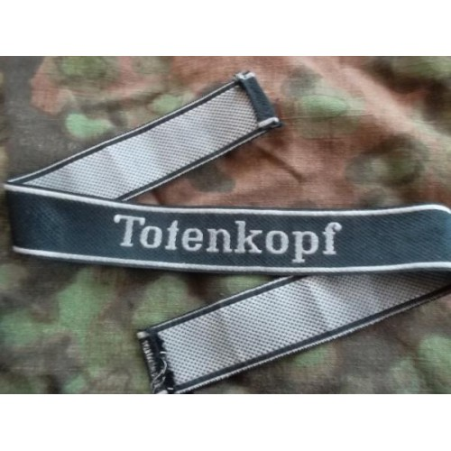 Totenkopf cuff title original or fake