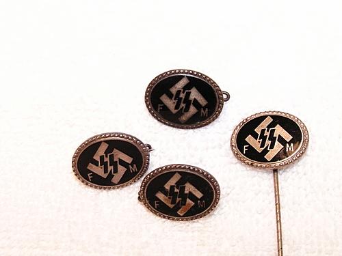 SS FM Membership pin