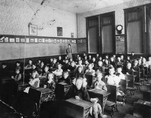 Click image for larger version.  Name:old-classroom-hands-down.jpg Views:126 Size:72.0 KB ID:307785