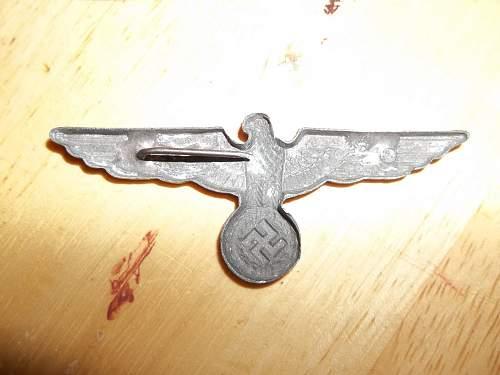 Metal eagle cap insignia, real or fake?