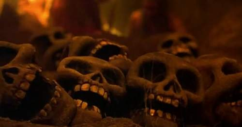 Click image for larger version.  Name:scary skulls from muppet treasure island.jpg Views:80 Size:41.2 KB ID:315121