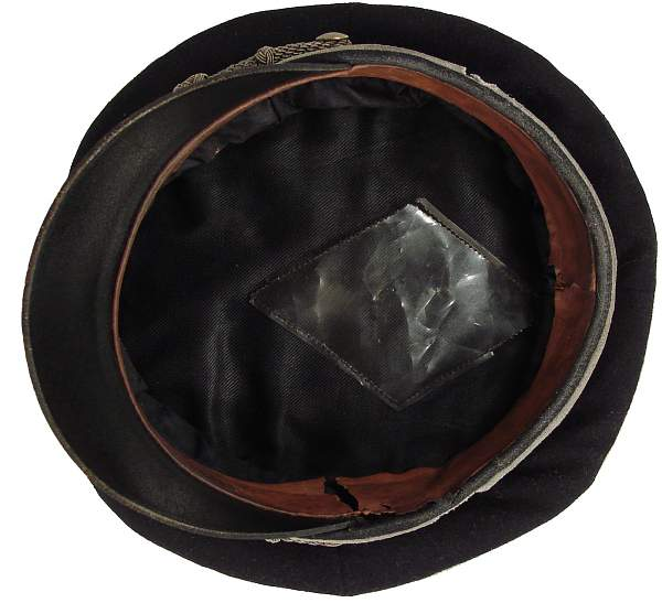 black SS field cap for officers, ca. 193X.