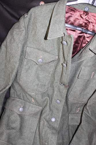 Waffen SS tunic... is it real?