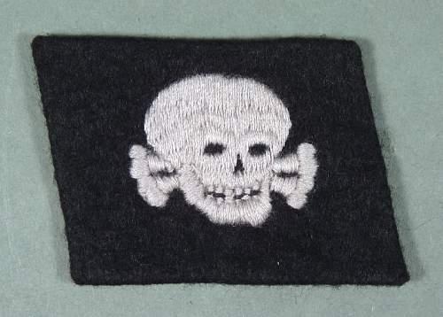 Totenkopf Collar