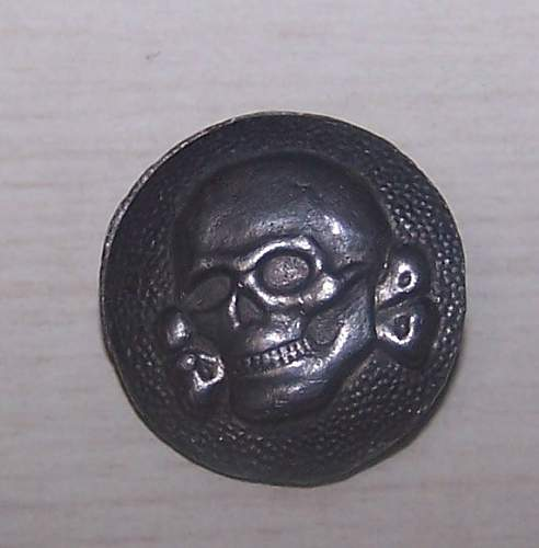 Side cap TK button........ original?