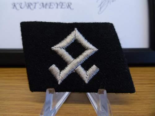 Prinz Eugen collar tab ......... original?