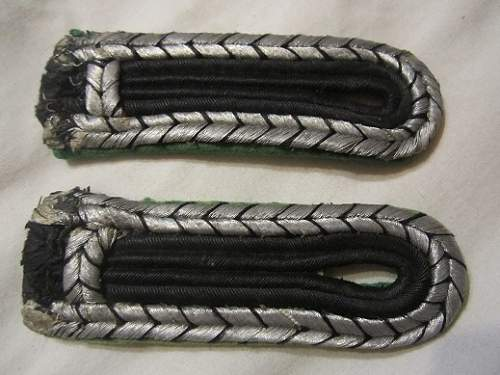 Wtk : SS / SD shoulder boards ????