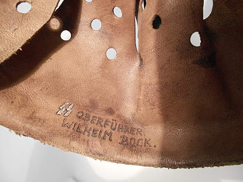 Help with identifing leather liner!