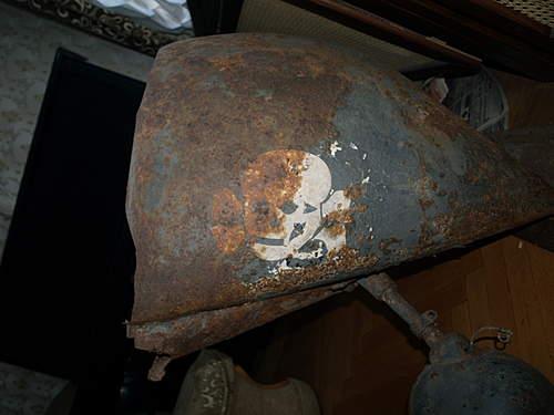 SS Totenkopf truck fender