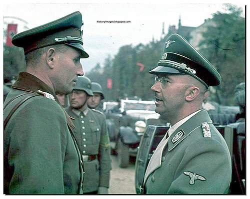 Click image for larger version.  Name:GERMAN-SOLDIERS-GERMAN-ARMY-WW2-COLOR-LARGE-IMAGES-PICTURES-heinrich-himmler-warsaw-1939.jpg Views:15901 Size:128.0 KB ID:379445