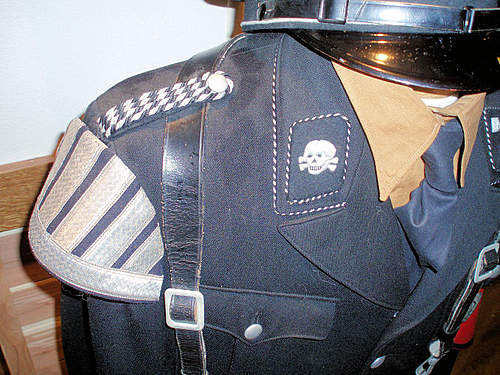 Click image for larger version.  Name:BLACK SS UNIFORMS 002.jpg Views:1635 Size:117.9 KB ID:383277