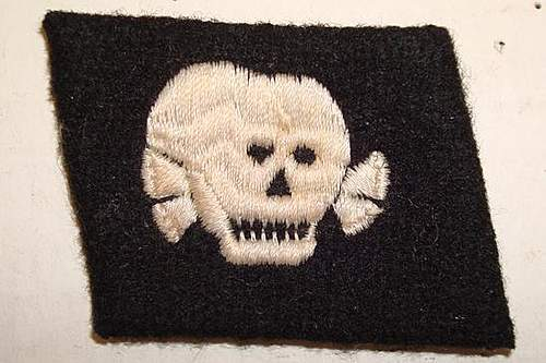 Totenkopf Collar Tab.  Real or Fake?