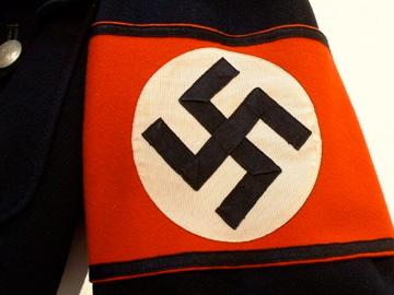 Name:  NaziTunic sleeve band 012.jpg Views: 128 Size:  51.1 KB