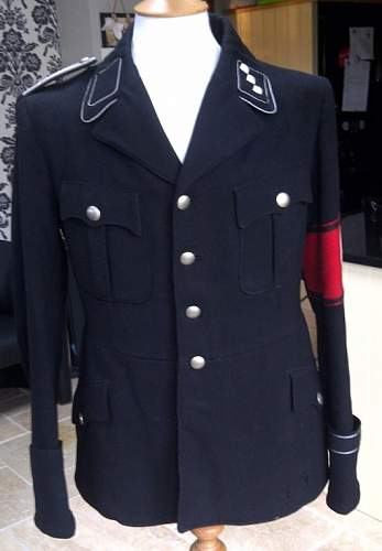 Click image for larger version.  Name:Black Tunic 1.jpg Views:104 Size:76.4 KB ID:416211