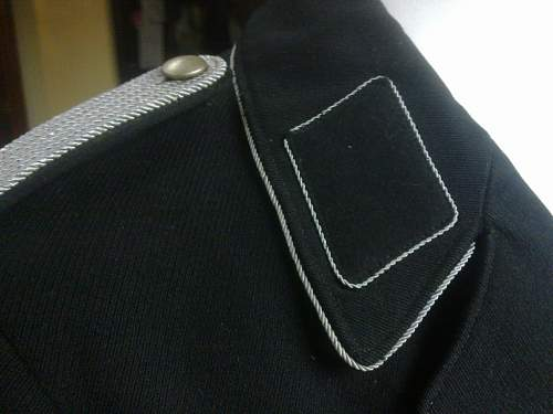 Click image for larger version.  Name:Black Tunic 2.jpg Views:72 Size:60.4 KB ID:416212