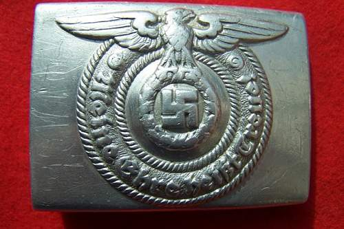 Click image for larger version.  Name:buckle waffen ss 001.jpg Views:162 Size:103.0 KB ID:4368