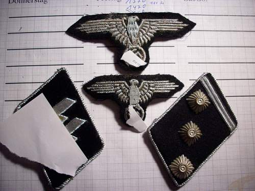 Eagles and Tabs for officer