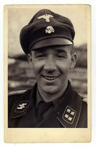 Click image for larger version.  Name:SS-Sturmbannf�hrer Hans K�ller.jpg Views:89 Size:105.4 KB ID:470855