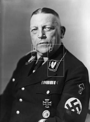 Click image for larger version.  Name:Breithaupt, Franz - Obergruppenführer.JPG Views:1277 Size:30.0 KB ID:472440