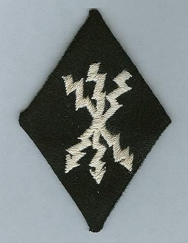 SS Signals arm badge,  Nachrichten Aermelraute?