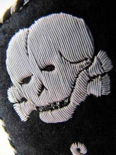 SS-VT  8th Sturm Collar Tabs