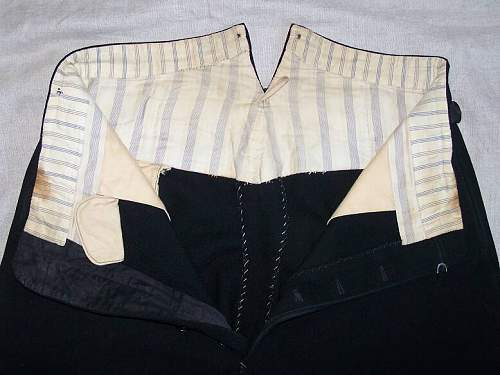 Black SS breeches- some