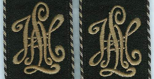 Schulterstuecke --klappen,  Delich Treasures of shoulder decoration