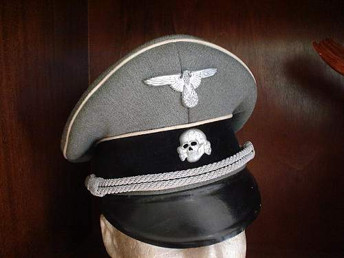 SS Infanterie Schirmmuetze. The real deal or?...
