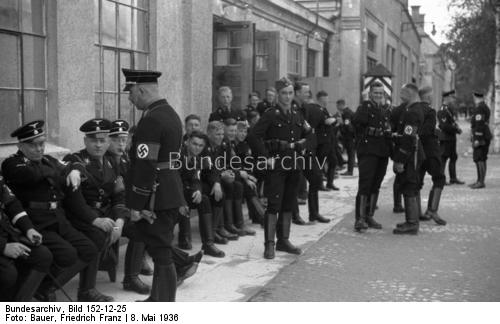 Name:  526487d1371429717-may-1936-visit-of-hess-and-himmler-to-m-freimann-and-dachau-and-athene-68awibm.jpg Views: 353 Size:  28.4 KB
