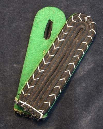 """SD NCO shoulder boards with RZM tag """"A"""""""