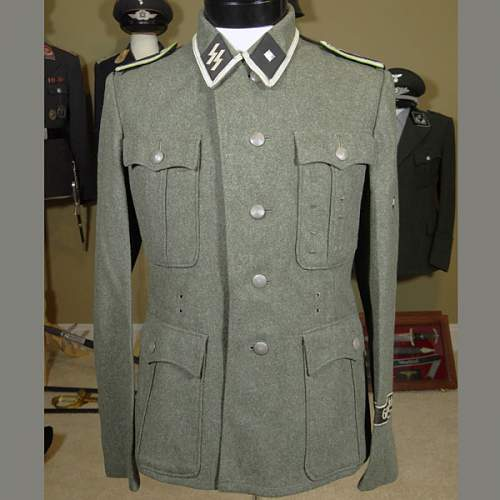 Click image for larger version.  Name:ss-panzer-nco-tunic-1[1].jpg Views:482 Size:77.8 KB ID:550987