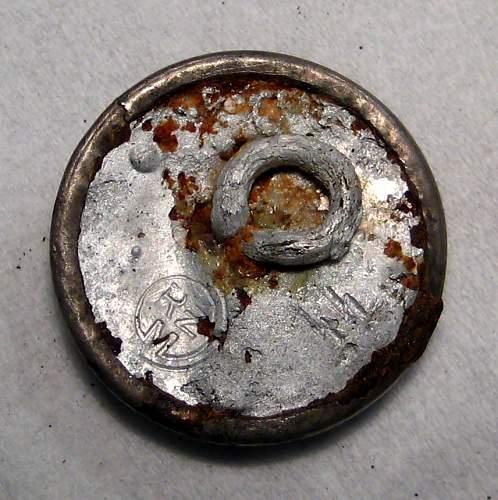 ss-vt cap skull buttons,original or fake