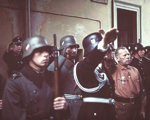 Click image for larger version.  Name:nazi-germany-color-images-pictures-photo-ww2-006.jpg Views:946 Size:97.7 KB ID:570773