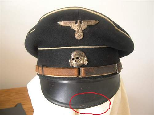 cap and picture of note.