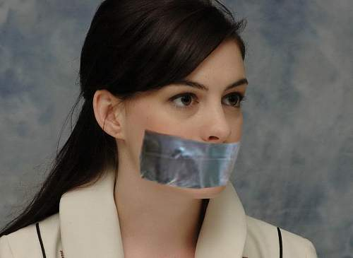 Click image for larger version.  Name:kidnapped_anne_hathaway_by_squirrelymagazine-d60rrfr.jpg Views:43 Size:110.5 KB ID:581002