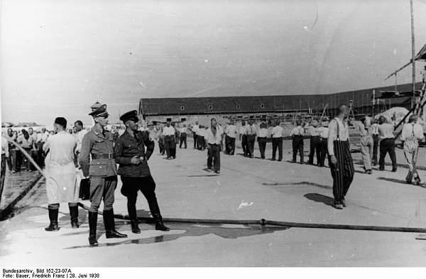 Click image for larger version.  Name:Bundesarchiv_Bild_152-23-07A,_Dachau,_Konzentrationslager.jpg Views:434 Size:51.4 KB ID:59275