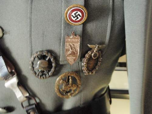 Click image for larger version.  Name:GRUPPENFUHRER SS TUNIC 007.jpg Views:106 Size:138.5 KB ID:608716