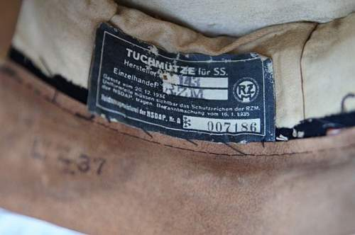 Click image for larger version.  Name:WW2_German_SS_Tunic (13).JPG Views:49 Size:40.6 KB ID:614895