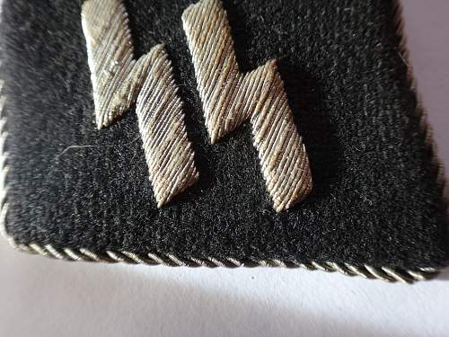 SS and Totenkopf collar tabs - Real ?