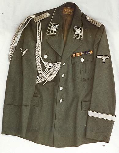 Grey Allgemeine SS man, Bayreuth Standarte.