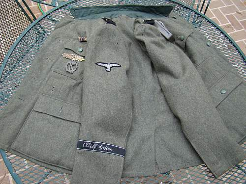Click image for larger version.  Name:ss-tunic1a.jpg Views:65 Size:119.1 KB ID:649495
