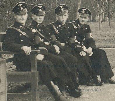 SS Anwaerter and SSTV men